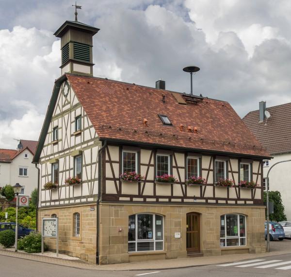 Gemeinde Burgstetten, Rathaus Erbstetten
