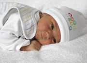 Tommy (m)<br /> * 27.05.2014<br /> 3430 g<br /> 52 cm